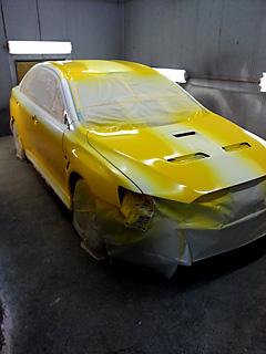 競技車ランサーevolution10の外部塗装 施工中